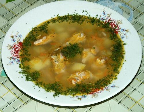Суп з консервованої скумбрії